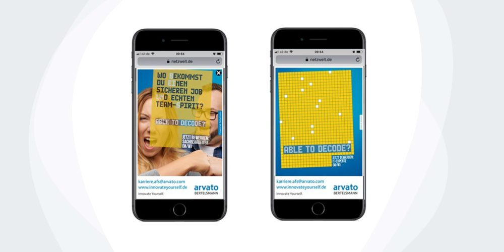 arvato-Medienkanäle auf zwei Handybildschirmen