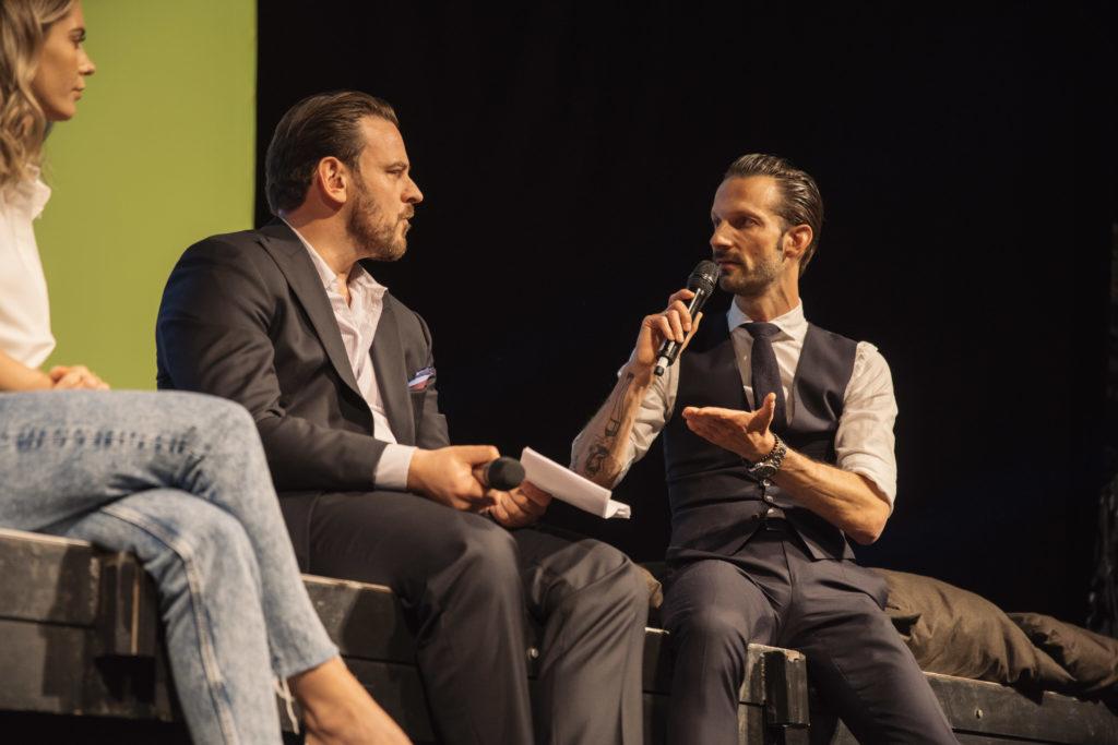 ConCom-Night 2019: Adrian Pickshaus im Gespräch mit Jan Mangold und Mrs. Bella